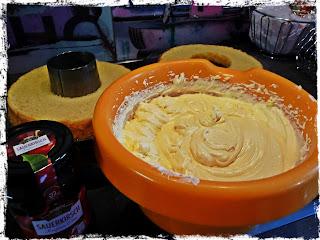 Kuchenschichten Deko Buttercreme