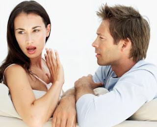 4 Tanda Hubungan Tidak Romantis