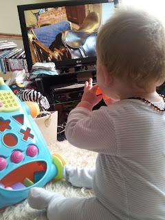 baby watching TV, justin fletcher, cbeebies