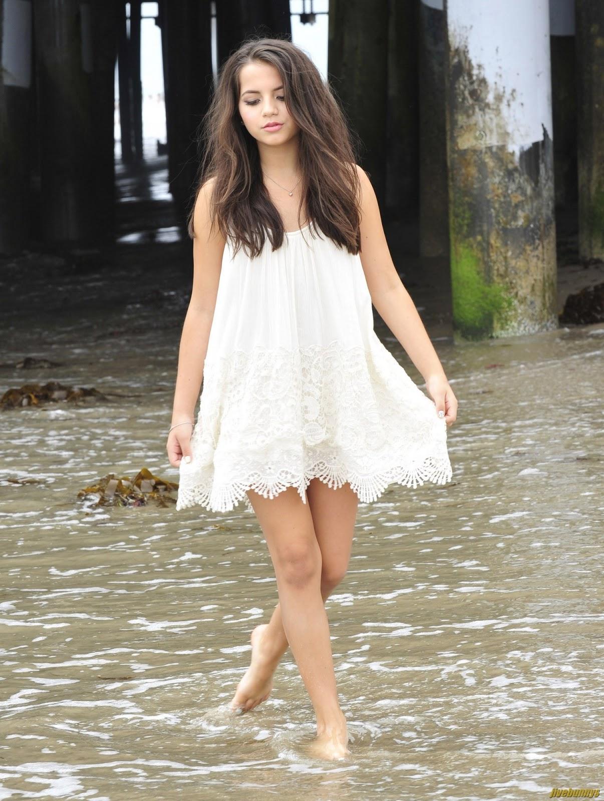 Isabela Moner Teen Singer Photo Gallery 2 Abbie Cornish Instagram