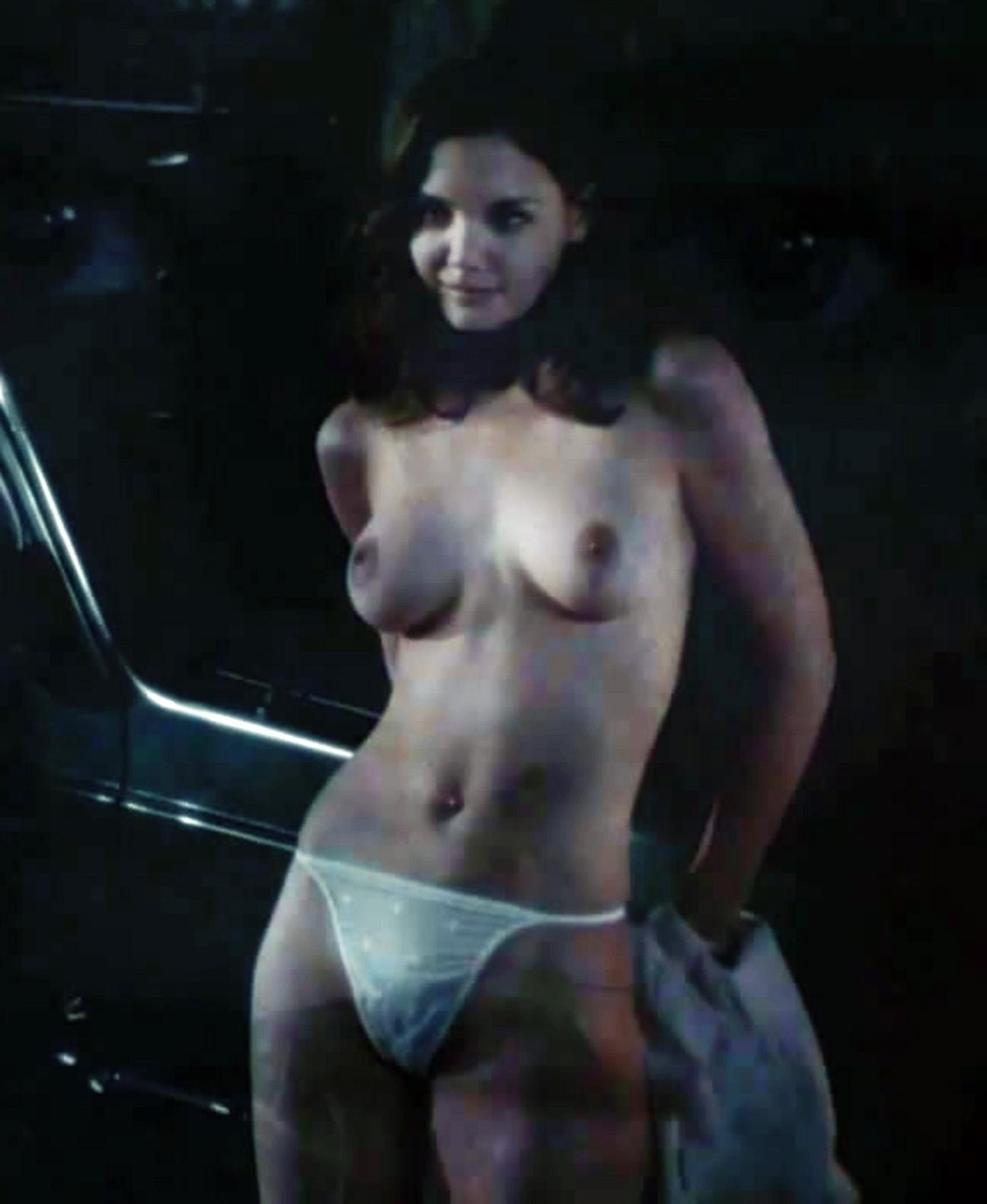 Katie Holmes nackt
