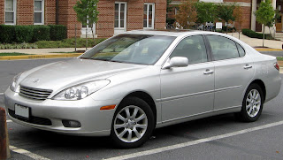 Lexus ES300    09 12 2009 Toyota Recalls 420200 Vehicles, Including Camry, Highlander and Lexus RX 400h