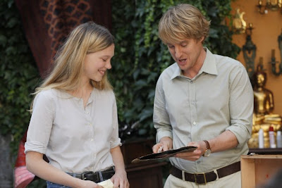 Owen Wilson in the movie Midnight in Paris