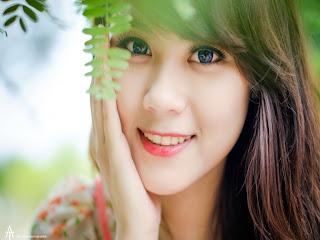 اجمل ابتسامة بنت