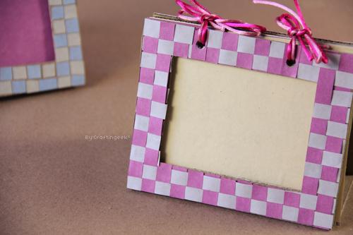 Craftingeek*: Portarretratos doble de Carton - Manualidades reciclado