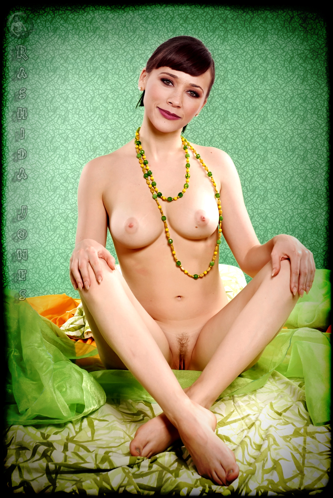 Nude Fales von Rasheda Jones