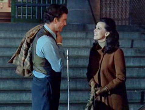 Charly Gordon (Cliff Robertson) y Alice Kinnian (Claire Bloom) en Charly - Cine de Escritor