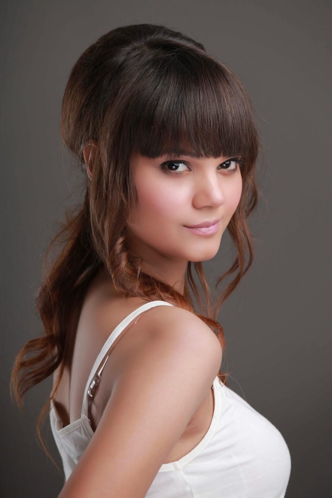 Veet Miss Super Model