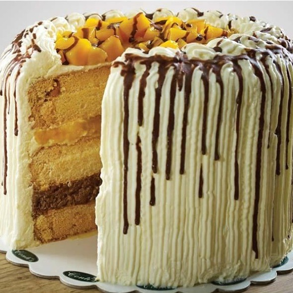 Mango And Cream Cake