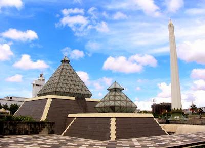 tentu akan banyak di dominasi oleh tempat Tempat Wisata Daftar Tempat Wisata di Surabaya yang Terkenal