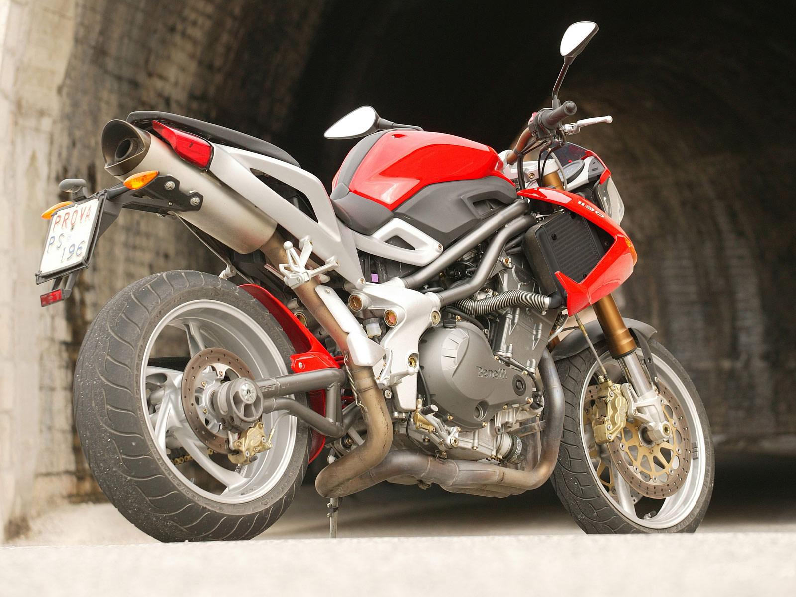 http://4.bp.blogspot.com/-8WG19mAibt0/Tr29Iqy33iI/AAAAAAAADyQ/FEo0tMzl3jI/s1600/2005_Benelli-TNT-1130_motorcycle-desktop-wallpaper_17.jpg
