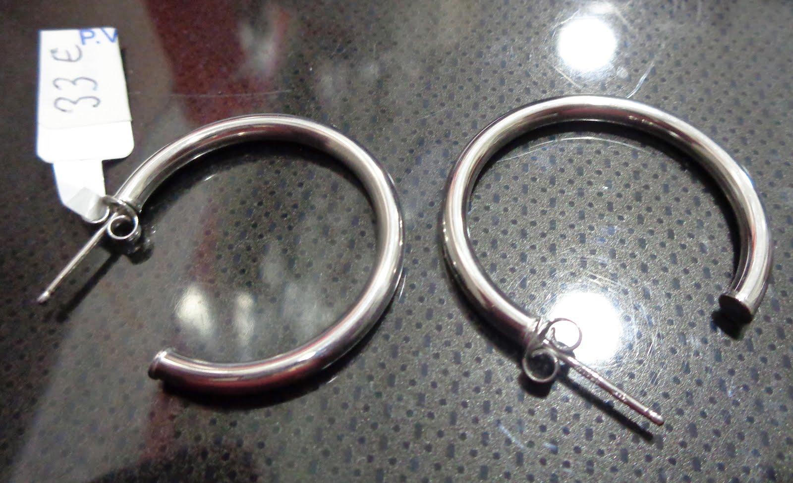 Pendientes de plata tipo aro con cierre de rosca