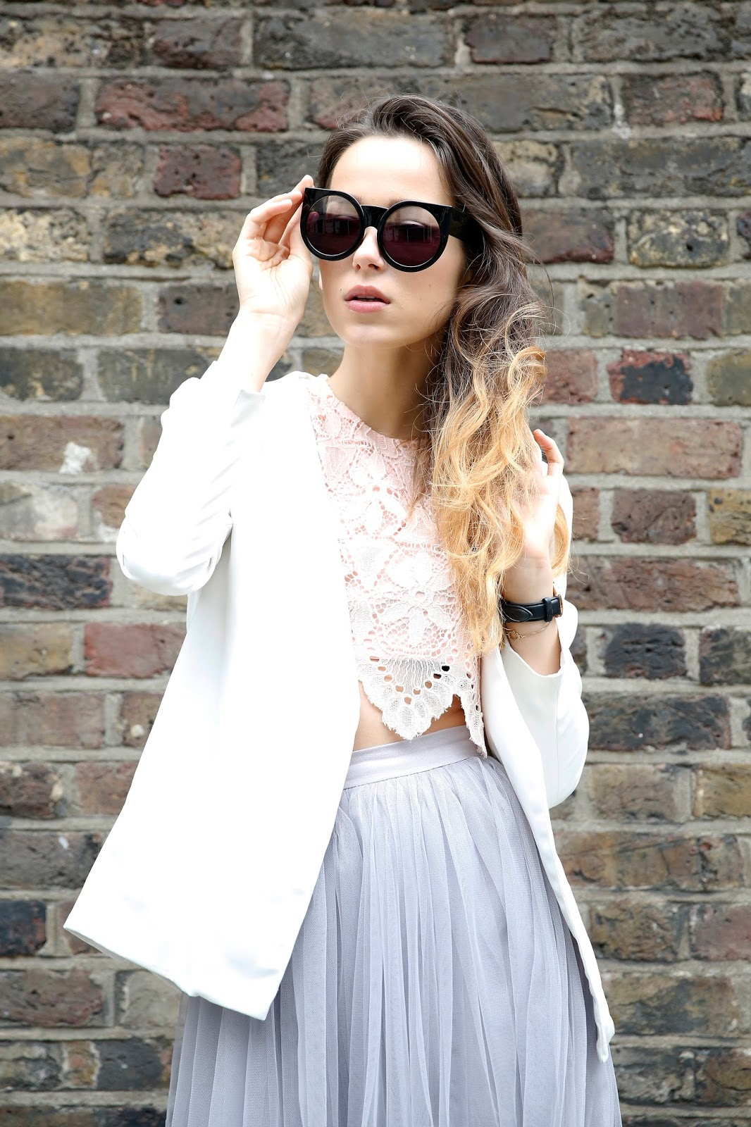 Victoria Metaxas, London Fashion Blogger Photographer