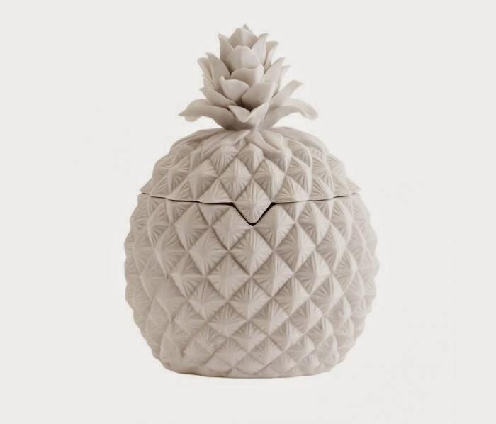 http://deens.nl/woonshop/eten-en-drinken/opbergers/keramiek-pot-pineapple-s-madam-stoltz.html