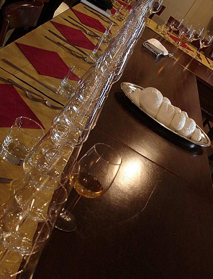 Armadillo bar vino cibo e musica quelli che non c 39 erano for Cose di casa manduria