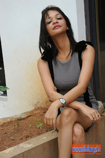Henna-Chopra-Latest-Stills