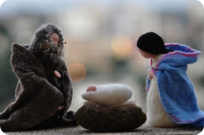 Nativity by Daria Lvovsky at Serendipity Handmade blog