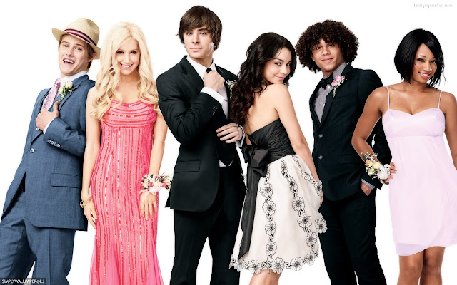 Ashley Tisdale habla sobre la reunión de High School Musical en un programa de televisión.