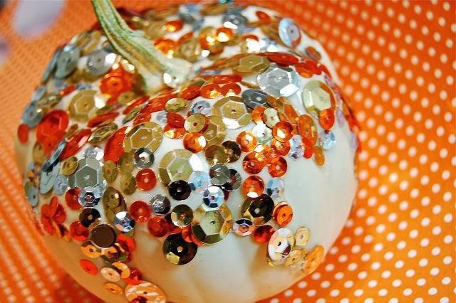 Sequined pumpkin craft