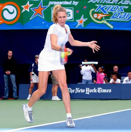 steffi graf photos. Steffi Graff in tennis clothes