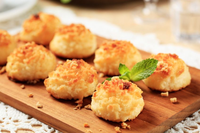 Coconut Macaroons (Gluten free & Dairy free)