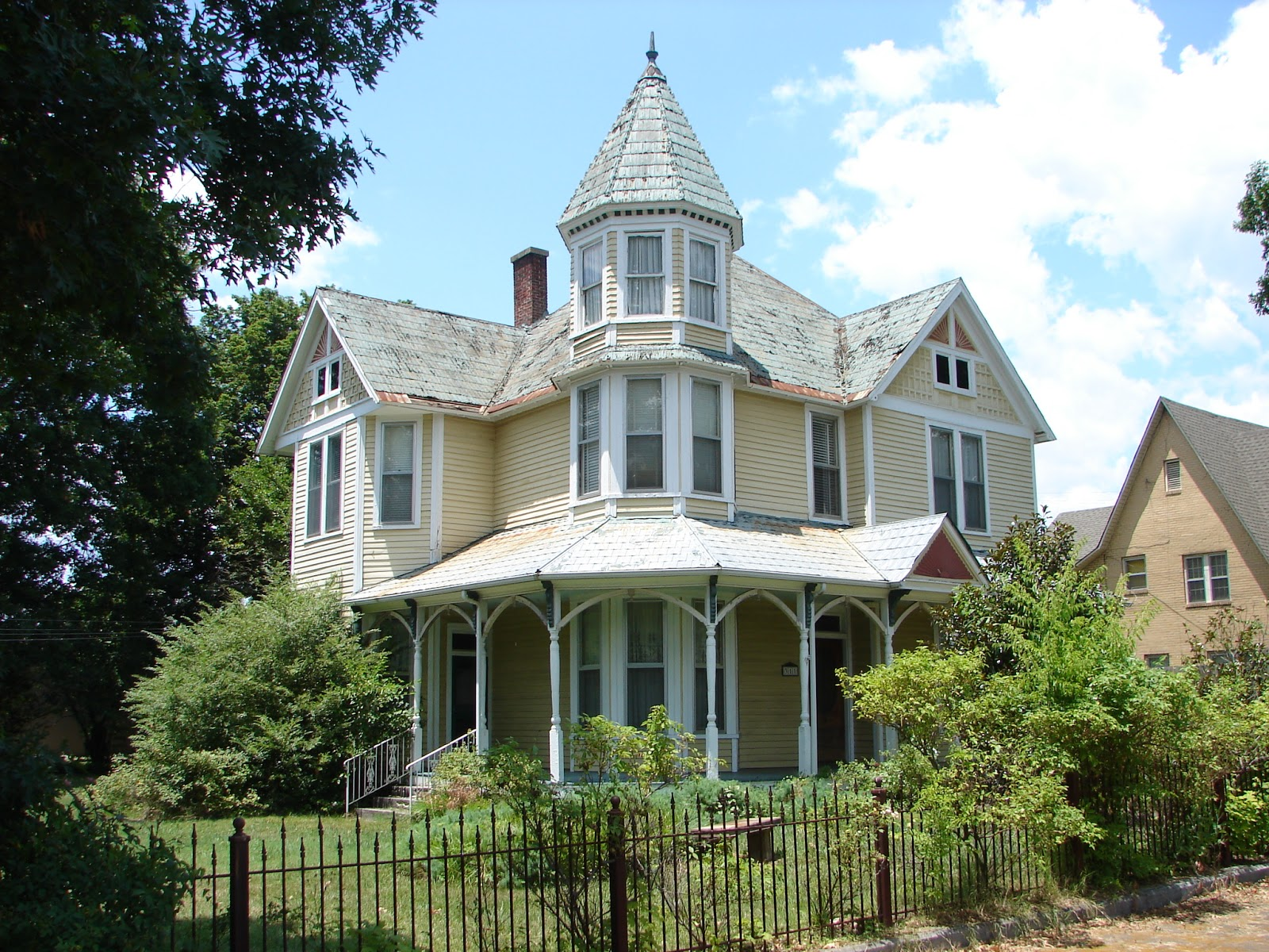 Victorian style home Styles of houses