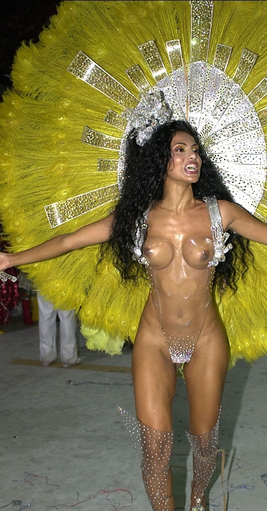 Fabia Borges, one of the most marvelous and graceful Carnival muses in Brazil.