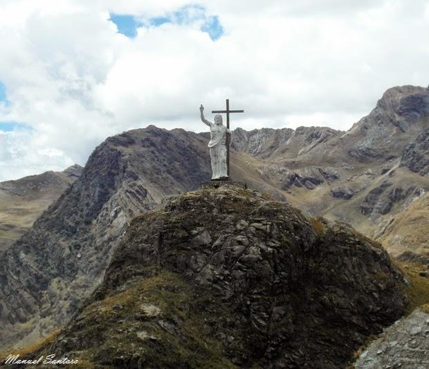 Quota 4516 metri, statua del Cristo Redentore
