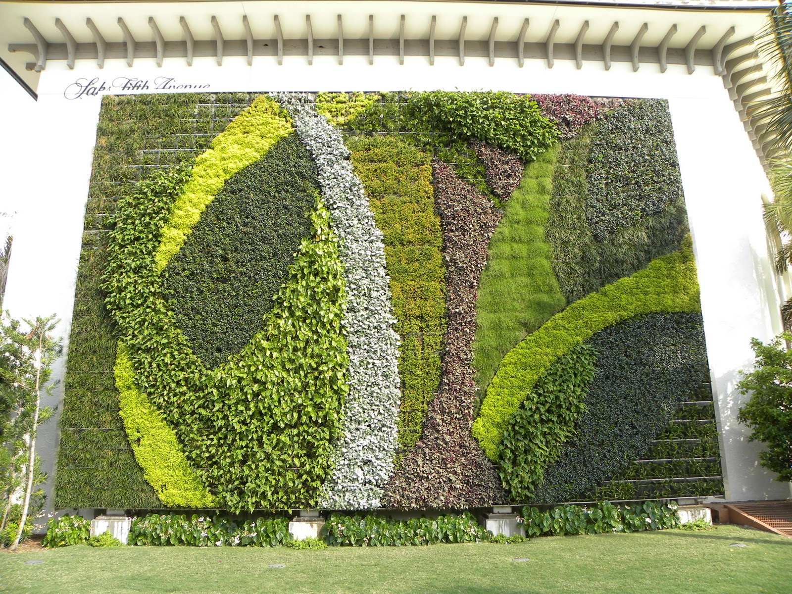Moments Of Delight Anne Reeves Living Wall In Palm Beach