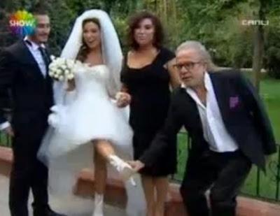 oylum-şahin-evlilik-düğün-gelinlik-nilgün-belgün-kızı