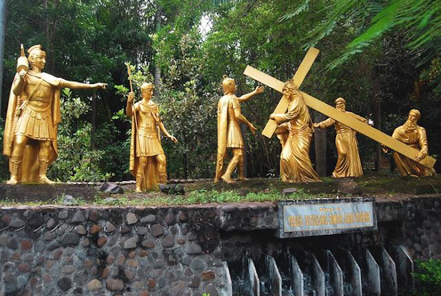 Jalan Salib Puhsarang