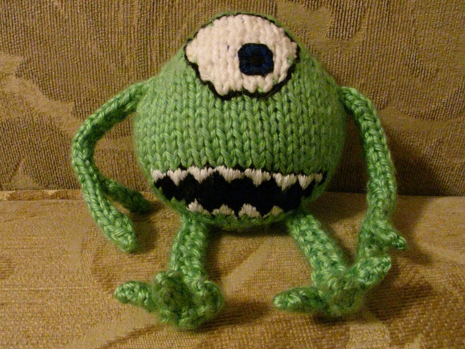 The Learning Dabbler: Mike Monster Knit Pattern