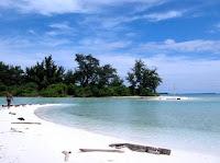 Wisata Pantai Cemara Lombok