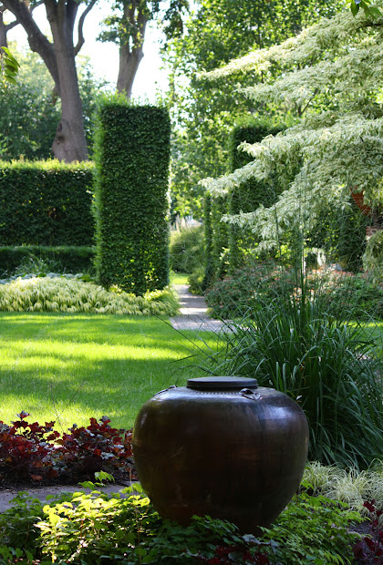 66 square feet open gardens