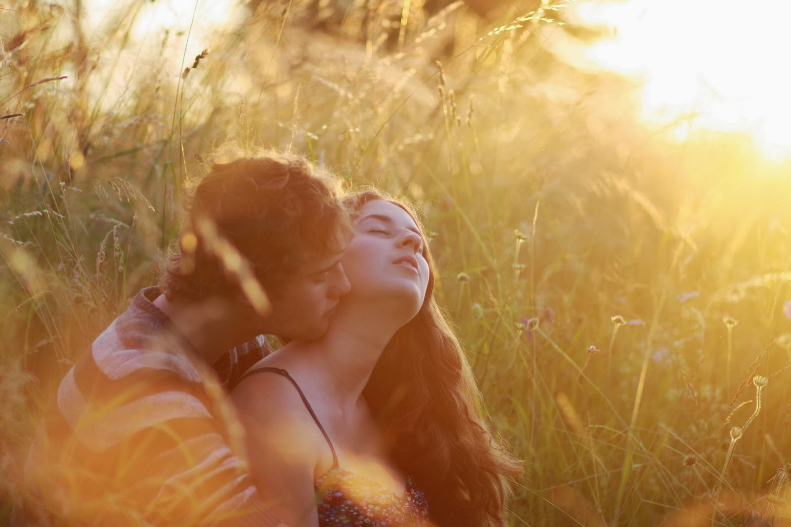 Love Romantic Boys And Girls Wallpapers And Pictures (2014 ...