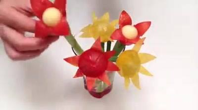 How to make a cherry tomato flower!