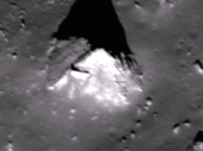 Huge Pyramid Base Found On The Moon 2015, UFO Sightings