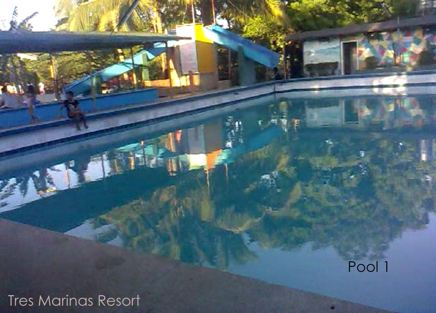 Swimming pool resorts in Montalban Rizal: Tres Marinas