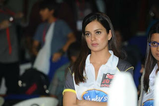 WWW..BLOGSPOT Indian Cute Actress at CCL 2012 Opening Ceremonty in Sharjah Picture Stills Gallery 0002