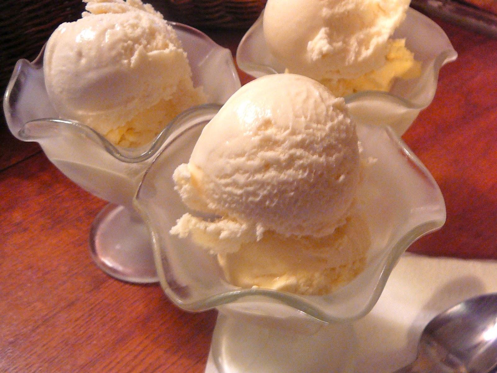 The Hidden Pantry: Vanilla, Vanilla Ice Cream
