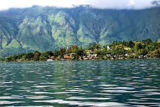 Objek Wisata Terkenal Di Pulau Sumatera