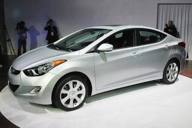 Cho thuê xe Hyundai Elantra AT 2010