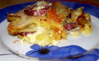 sformato di patate, salame e mozzarella