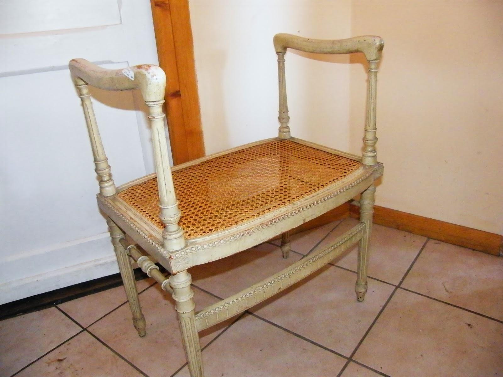 cannage rempaillage chaises loiret. Black Bedroom Furniture Sets. Home Design Ideas
