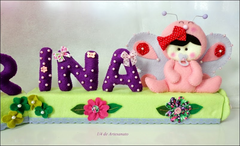 letras decoradas em feltro com os bichinhos baby jardim
