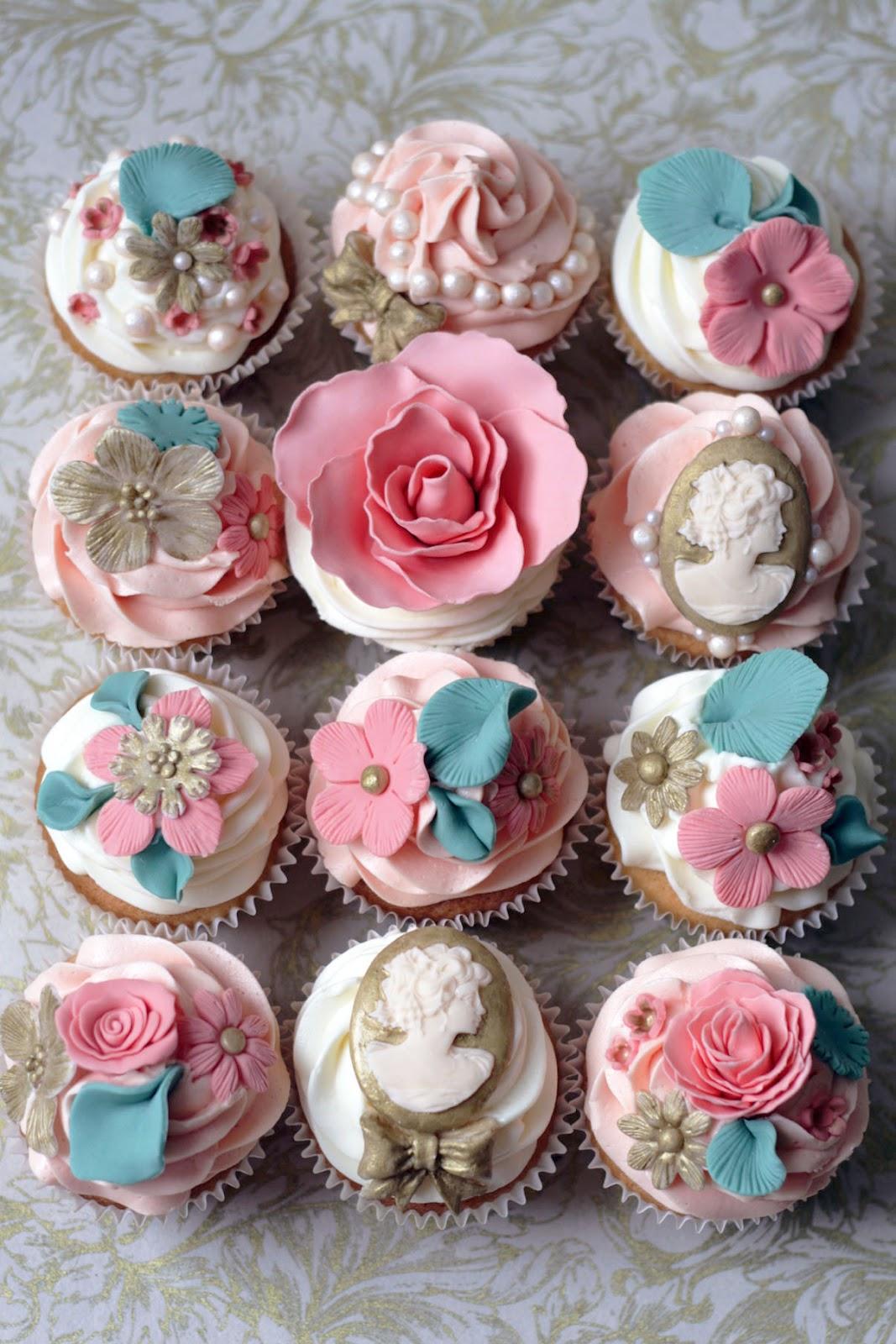 Antoinette Rose Cake