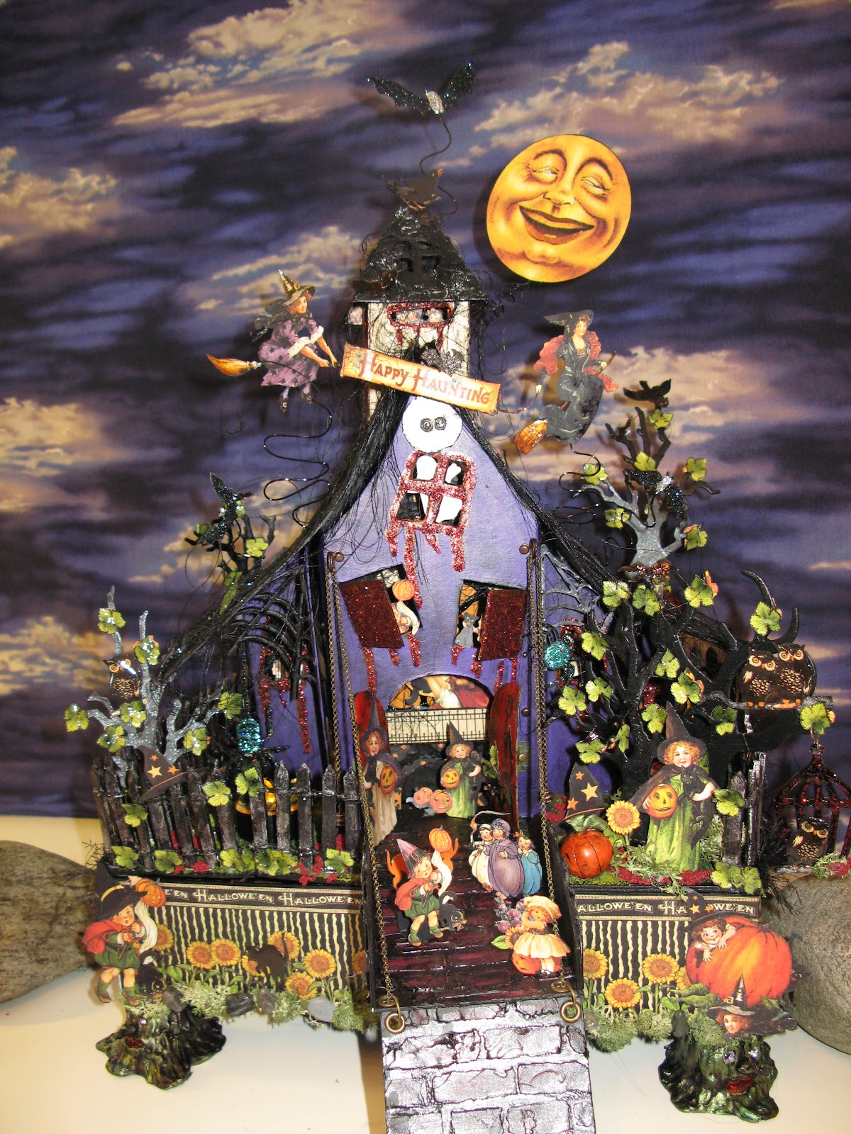 annes papercreations: graphic 45 happy haunting spooky halloween