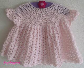 http://elizyart.blogspot.com.es/2013/01/my-christening-dress.html