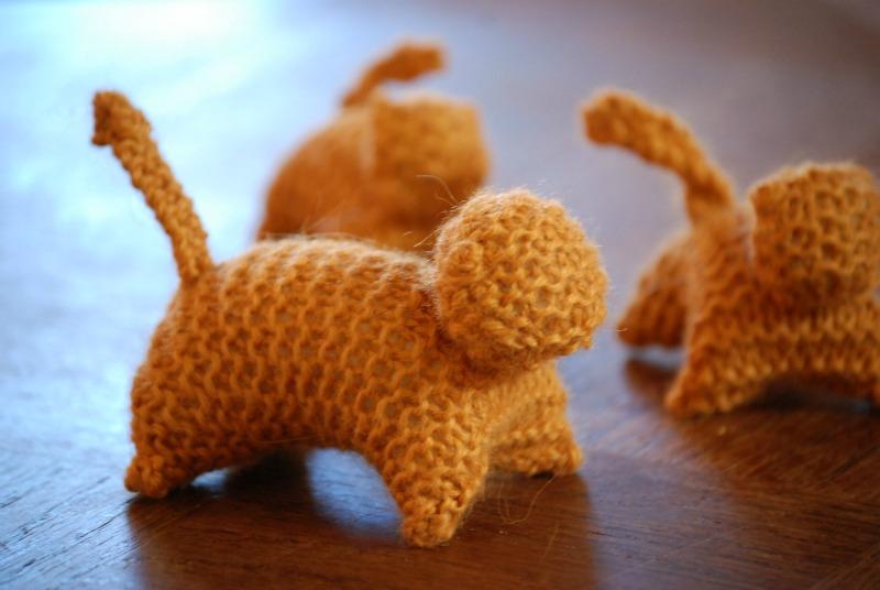 famiglia gatti lavorati a maglia pura lana