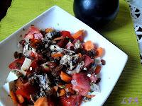 Ensalada de tomate y sardinas